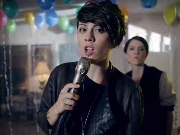 tegan-and-sara-closer-vid-600x450